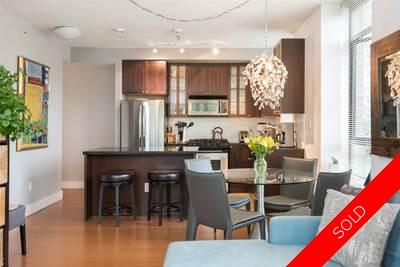 Lower Lonsdale Condo for sale:  2 bedroom 982 sq.ft. (Listed 2017-06-13)
